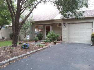 9 Maplecrest Drive, Charleston, SC 29412
