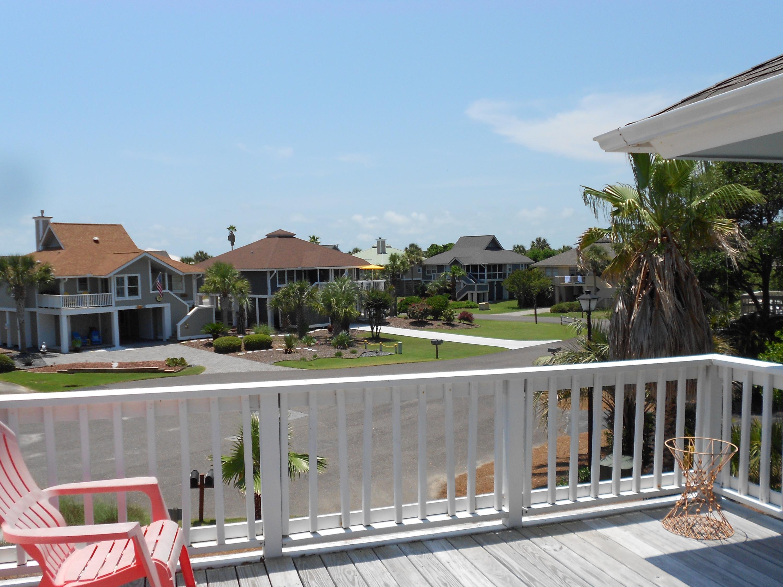 6 Sandshell Ct Court Isle Of Palms, SC 29451