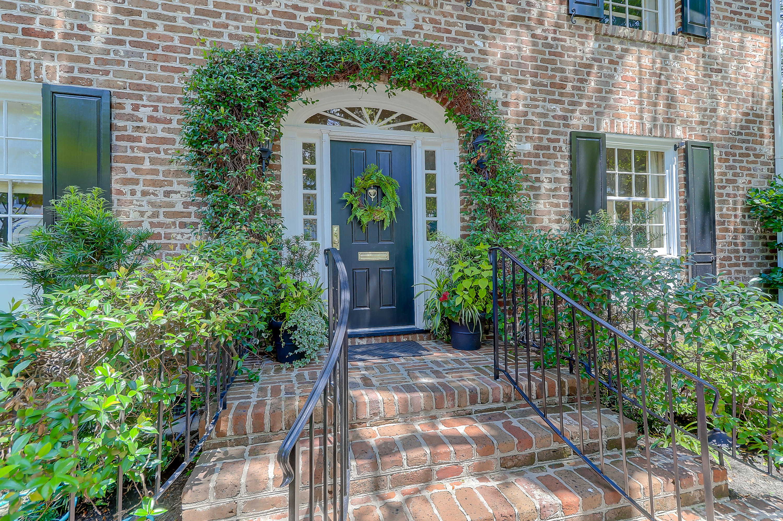 35 New Street Charleston, SC 29401
