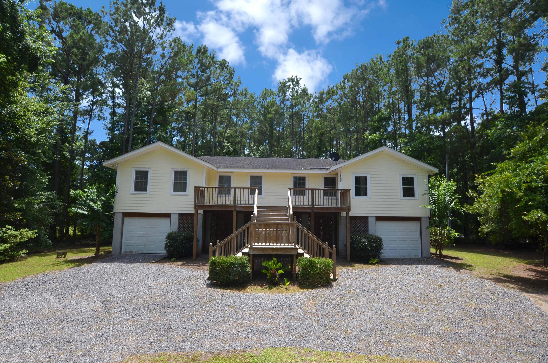 865 Mimosa Tree Drive Mcclellanville, SC 29458