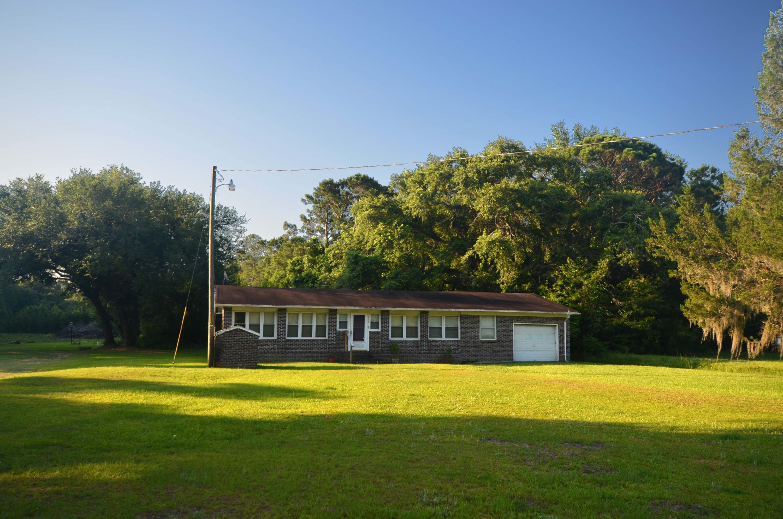 619 Society Road Mcclellanville, SC 29458