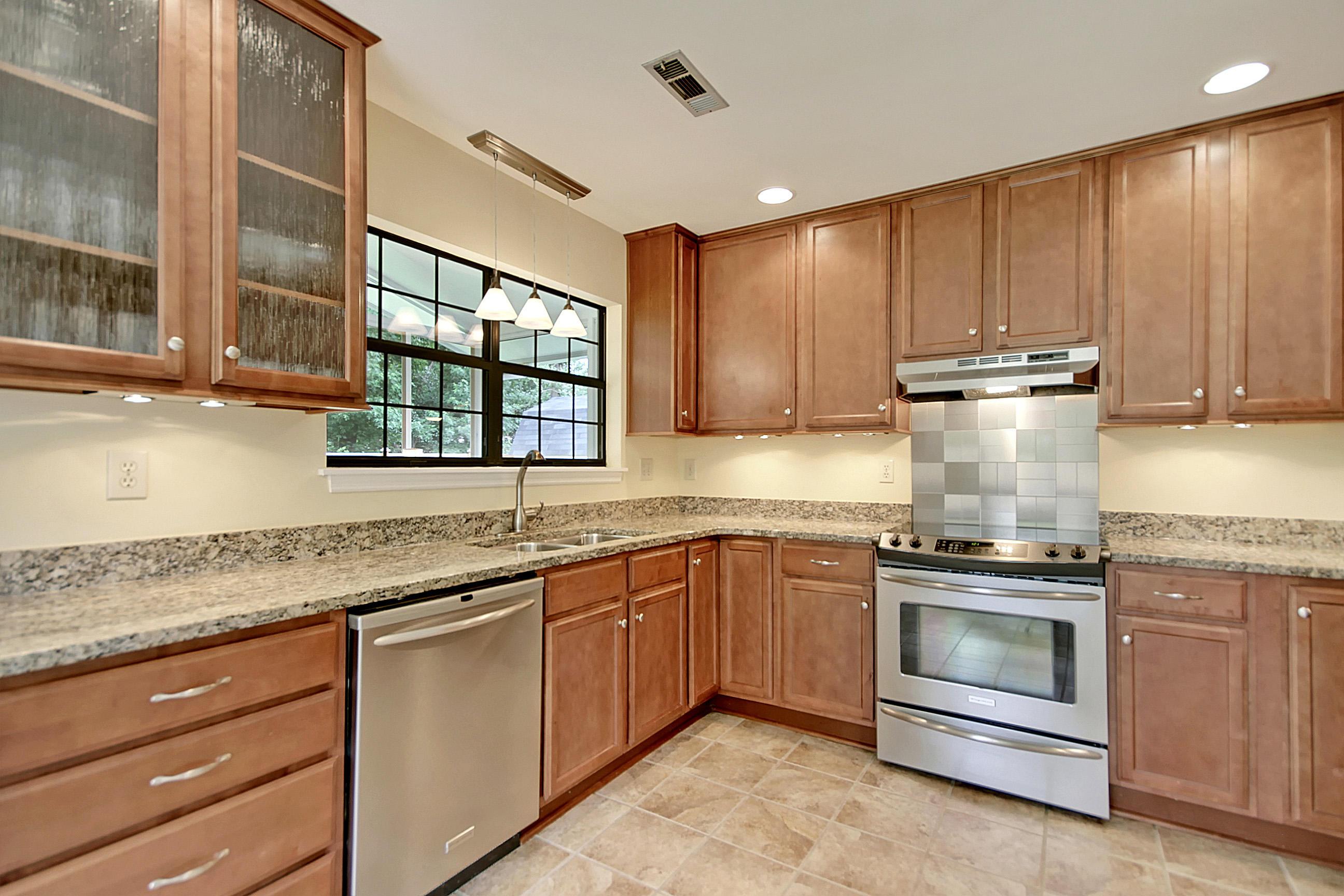 Candlewood Homes For Sale - 897 Harrington, Mount Pleasant, SC - 2
