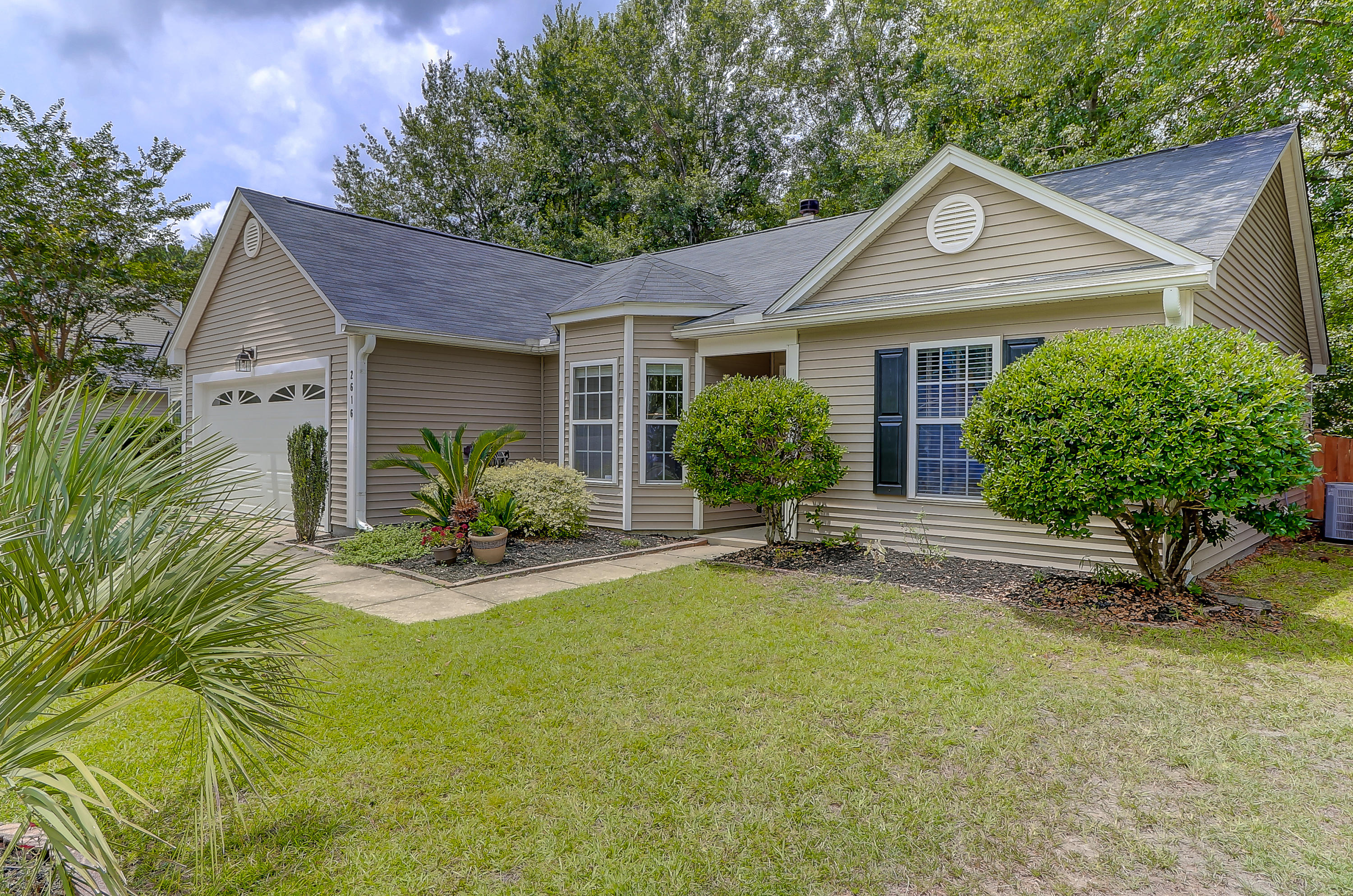 2616 Turben Place Mount Pleasant, SC 29466