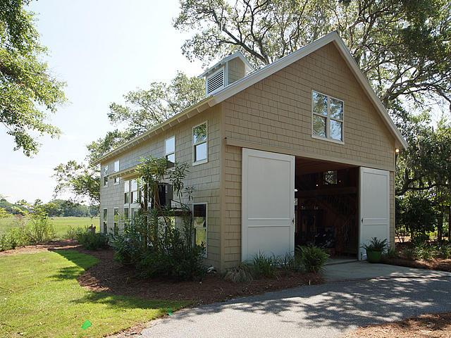 61 On The Harbor Drive Mount Pleasant, SC 29464