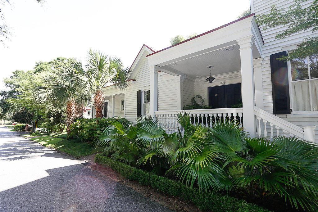 Old Village Homes For Sale - 103 Carr, Mount Pleasant, SC - 37