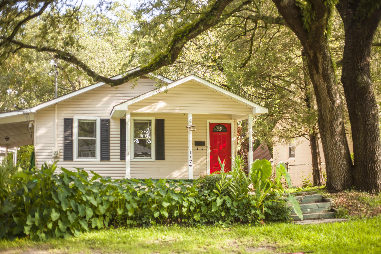 1174 Leesville Street North Charleston, SC 29405