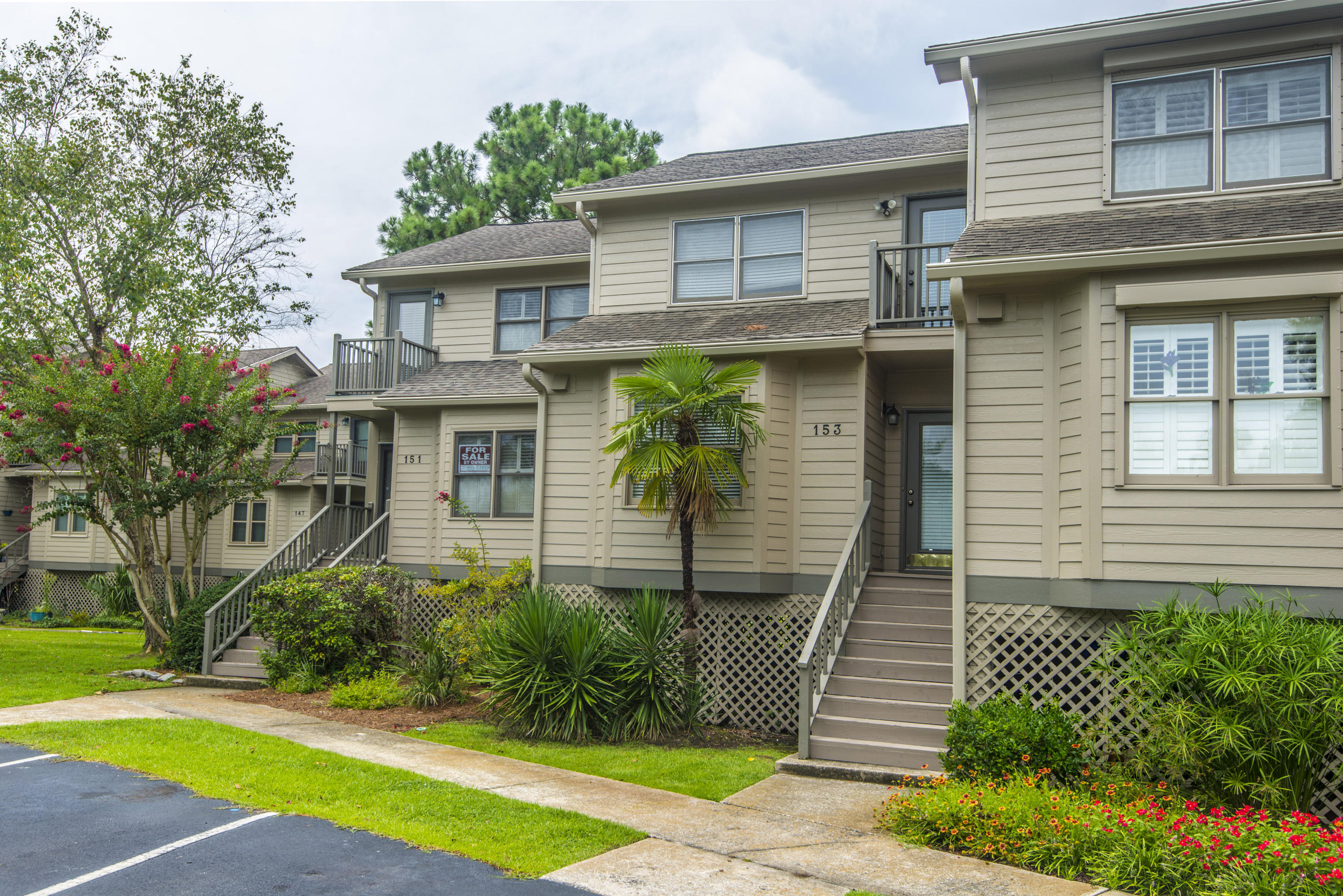 153 River Breeze Drive Charleston, SC 29407
