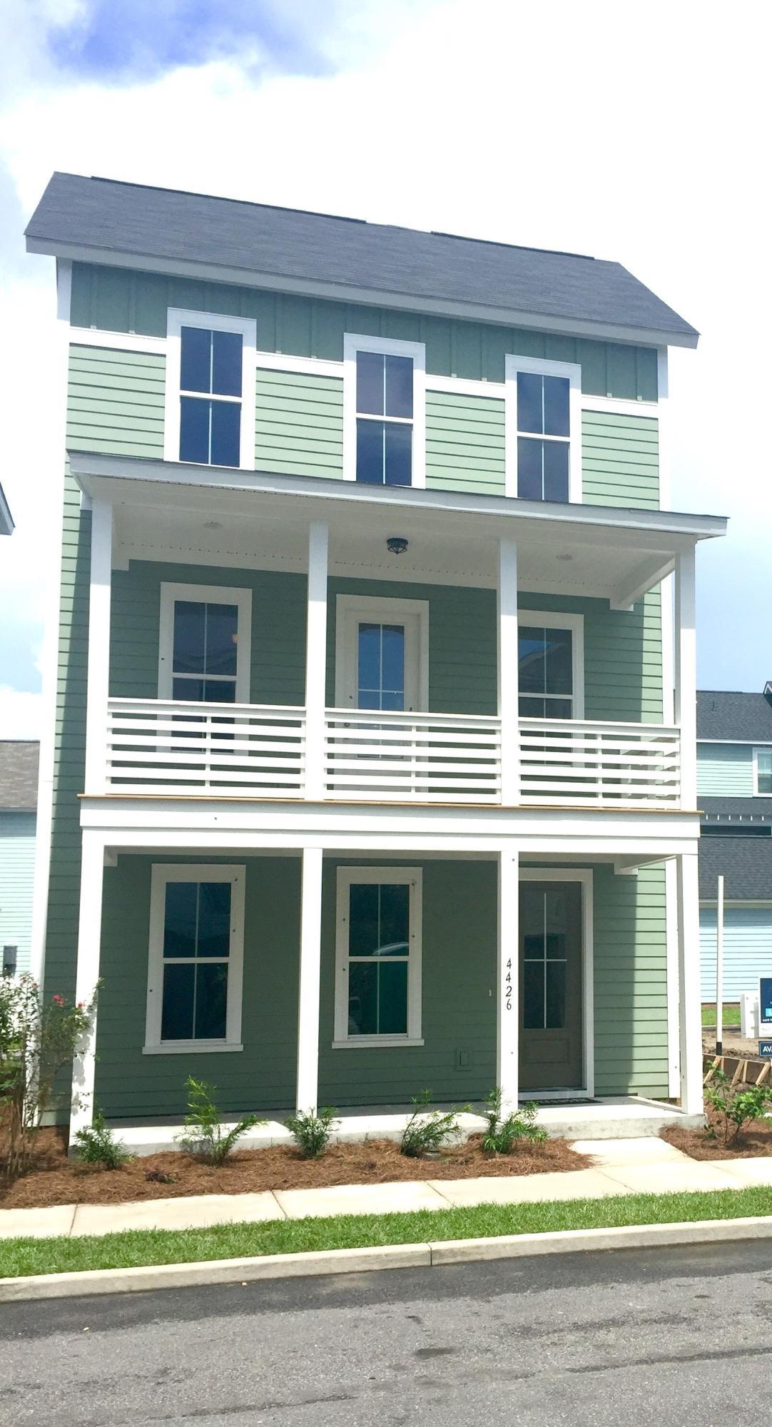 4426 Marblehead Drive North Charleston, SC 29405