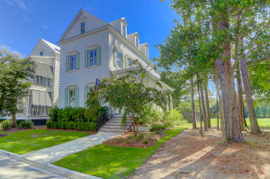 93 Jane Jacobs Street, Mount Pleasant, SC 29464