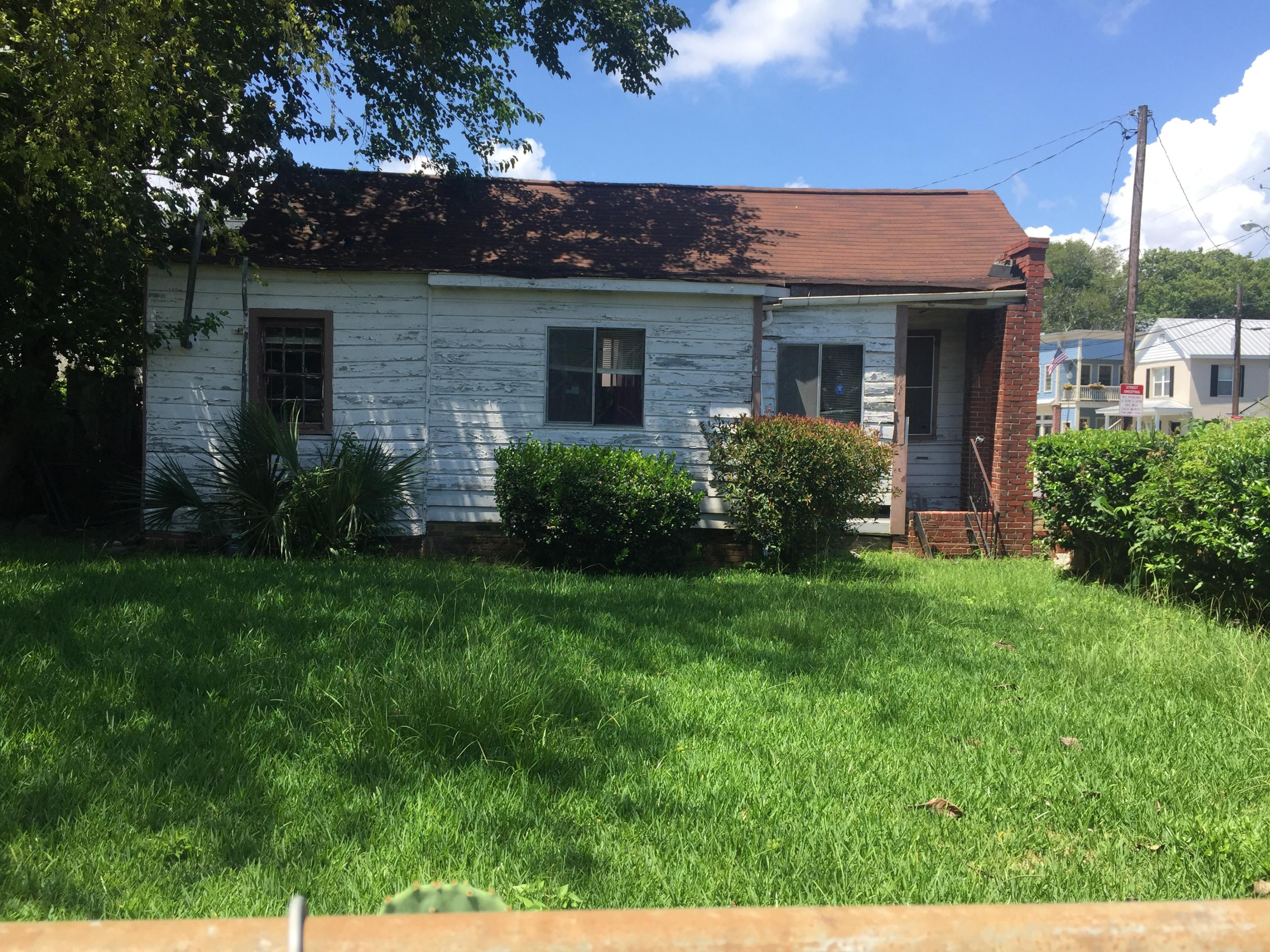 329-333 Ashley Avenue Charleston, SC 29403