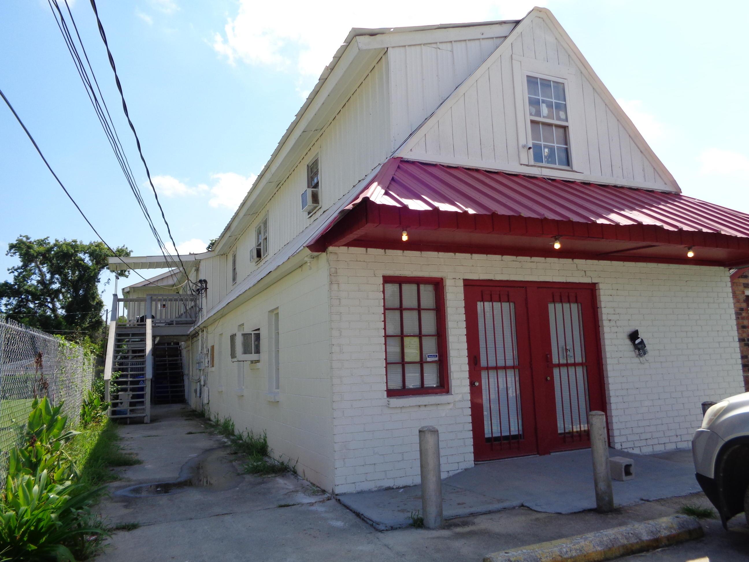 3255 Meeting Street Road North Charleston, SC 29405