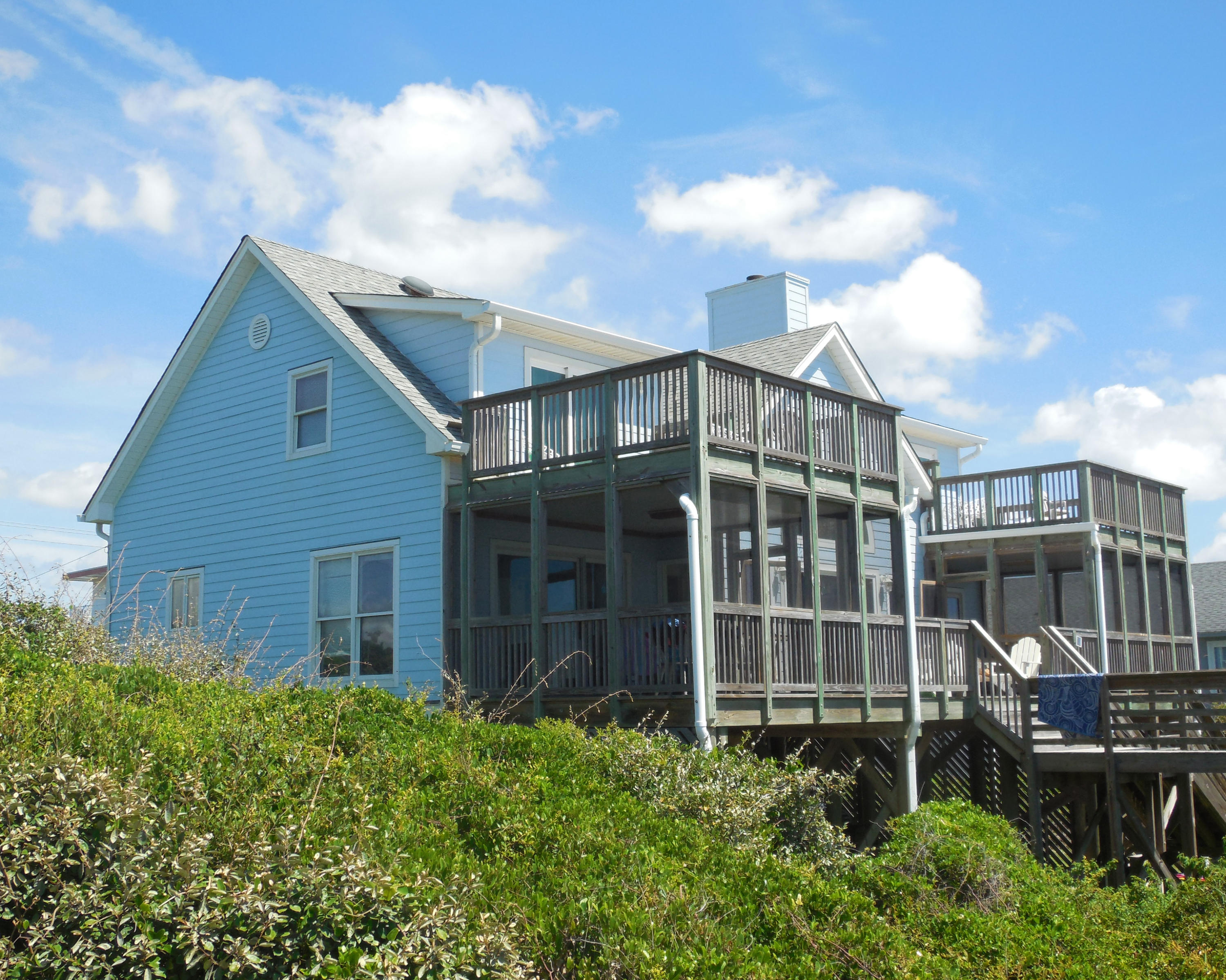 801 E Arctic Avenue Folly Beach, SC 29439