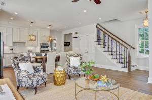 Living room with ample space and open plan.