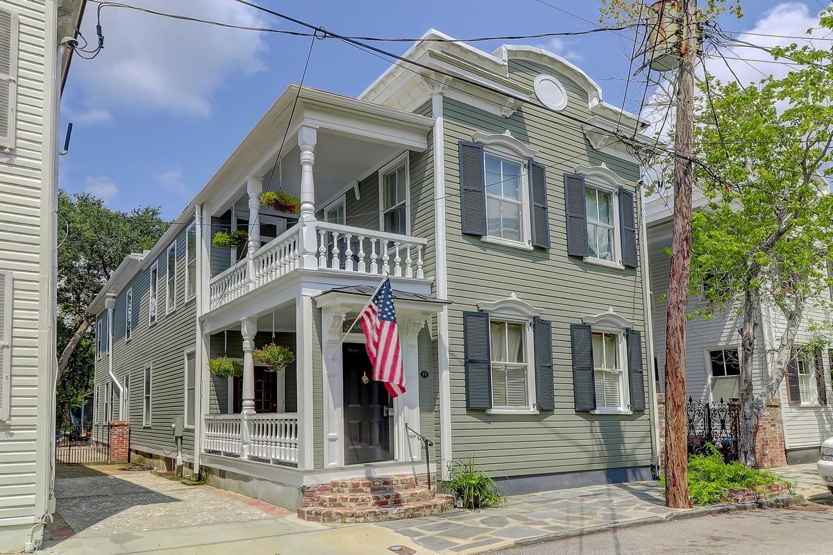 13 Savage Street Charleston, SC 29401