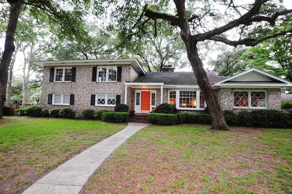 1817 Huntington Drive Charleston, SC 29407