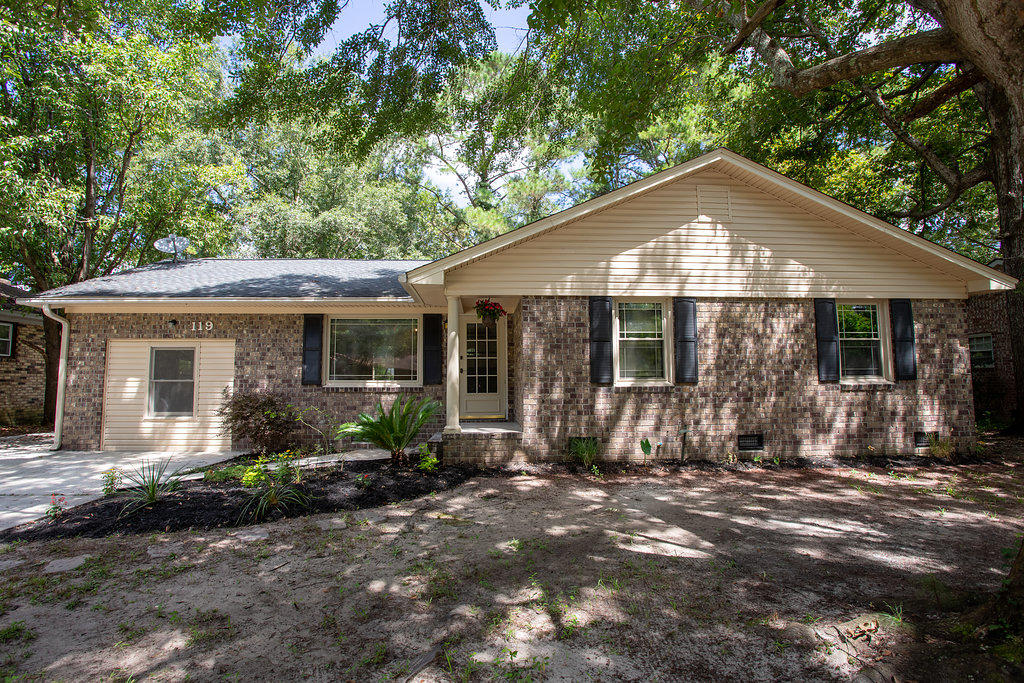 119 Terry Ave. Summerville, SC 29485