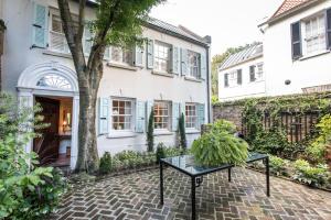 77 King Street, Charleston, SC 29401