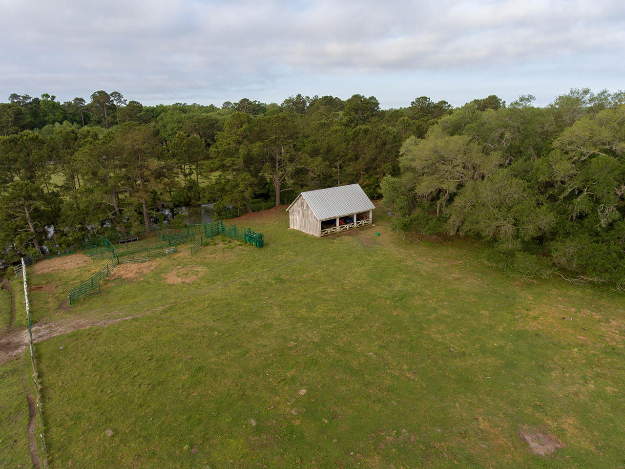 7 Lower Waverly Road Pawleys Island, SC 29585