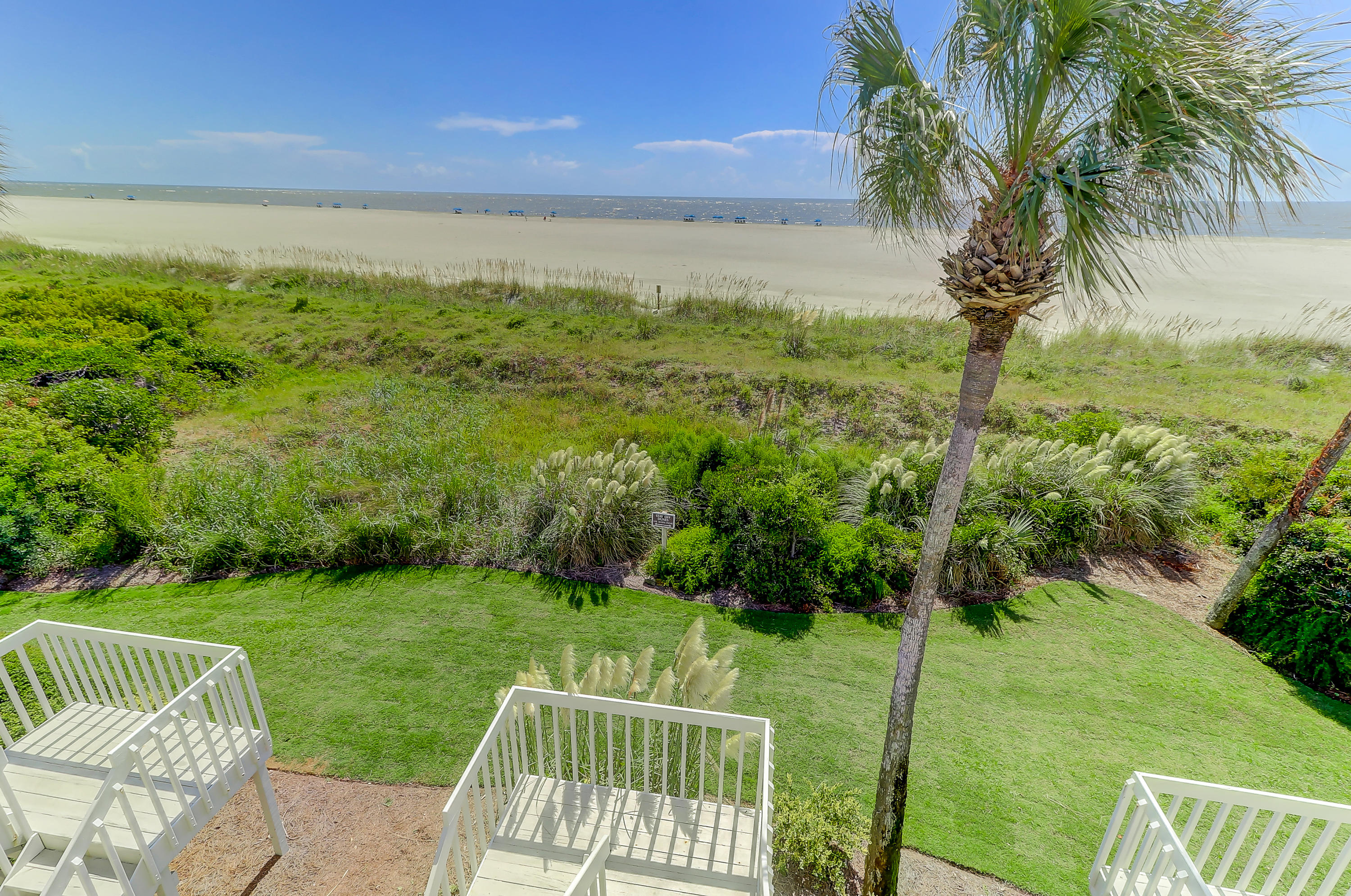 Beach Club Villas Homes For Sale - 33 Beach Club Villas, Isle of Palms, SC - 9