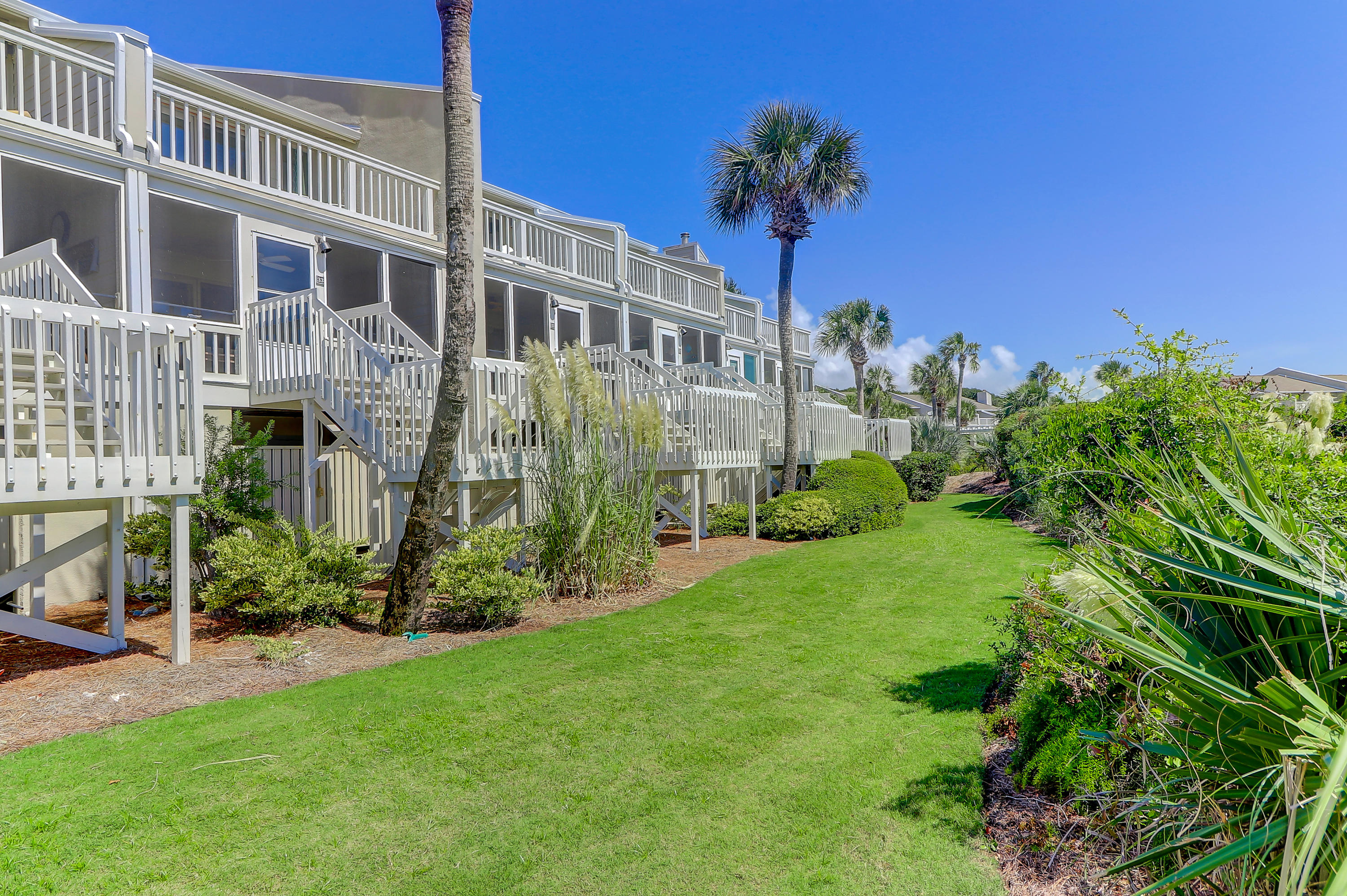 Beach Club Villas Homes For Sale - 33 Beach Club Villas, Isle of Palms, SC - 4