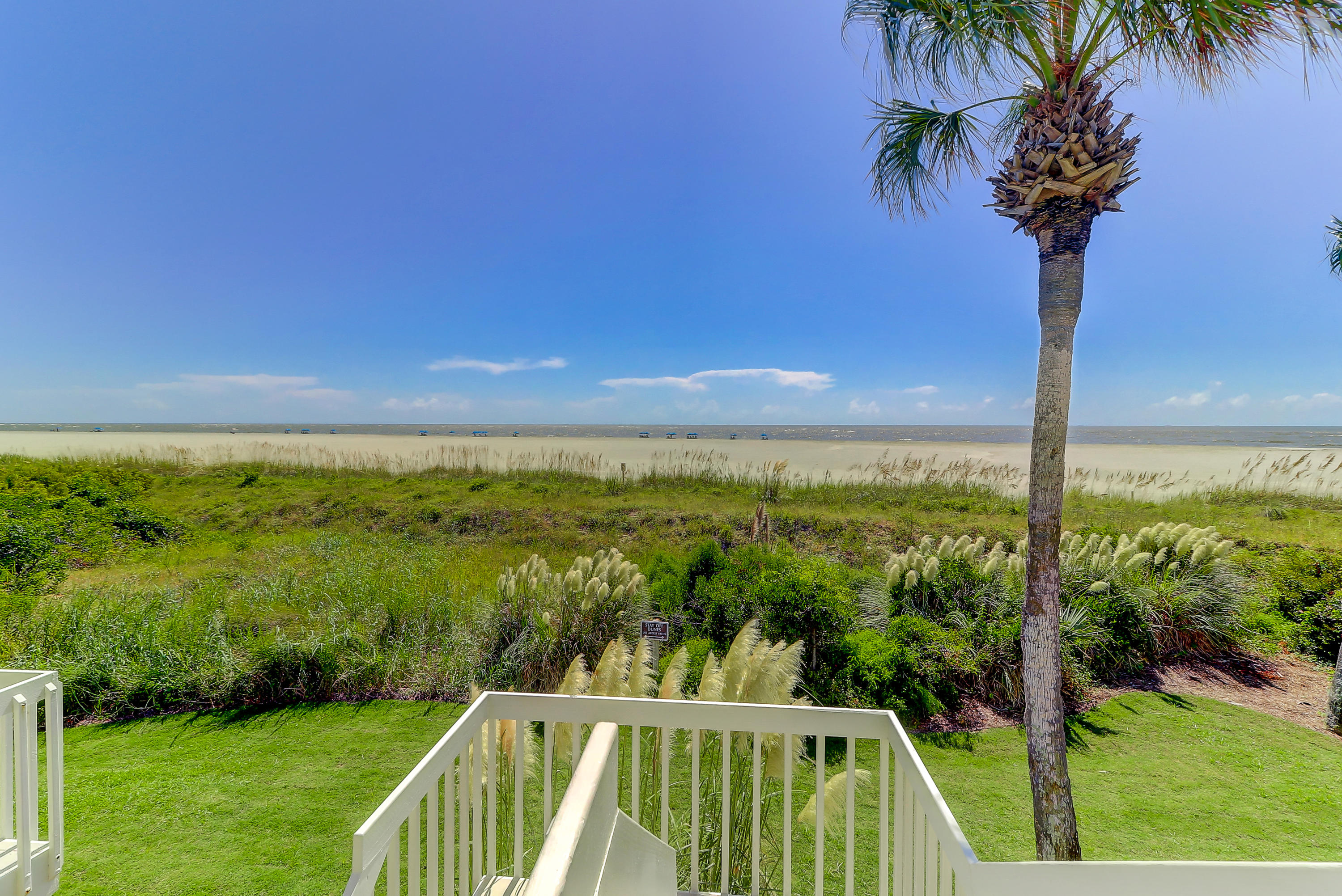 Beach Club Villas Homes For Sale - 33 Beach Club Villas, Isle of Palms, SC - 13