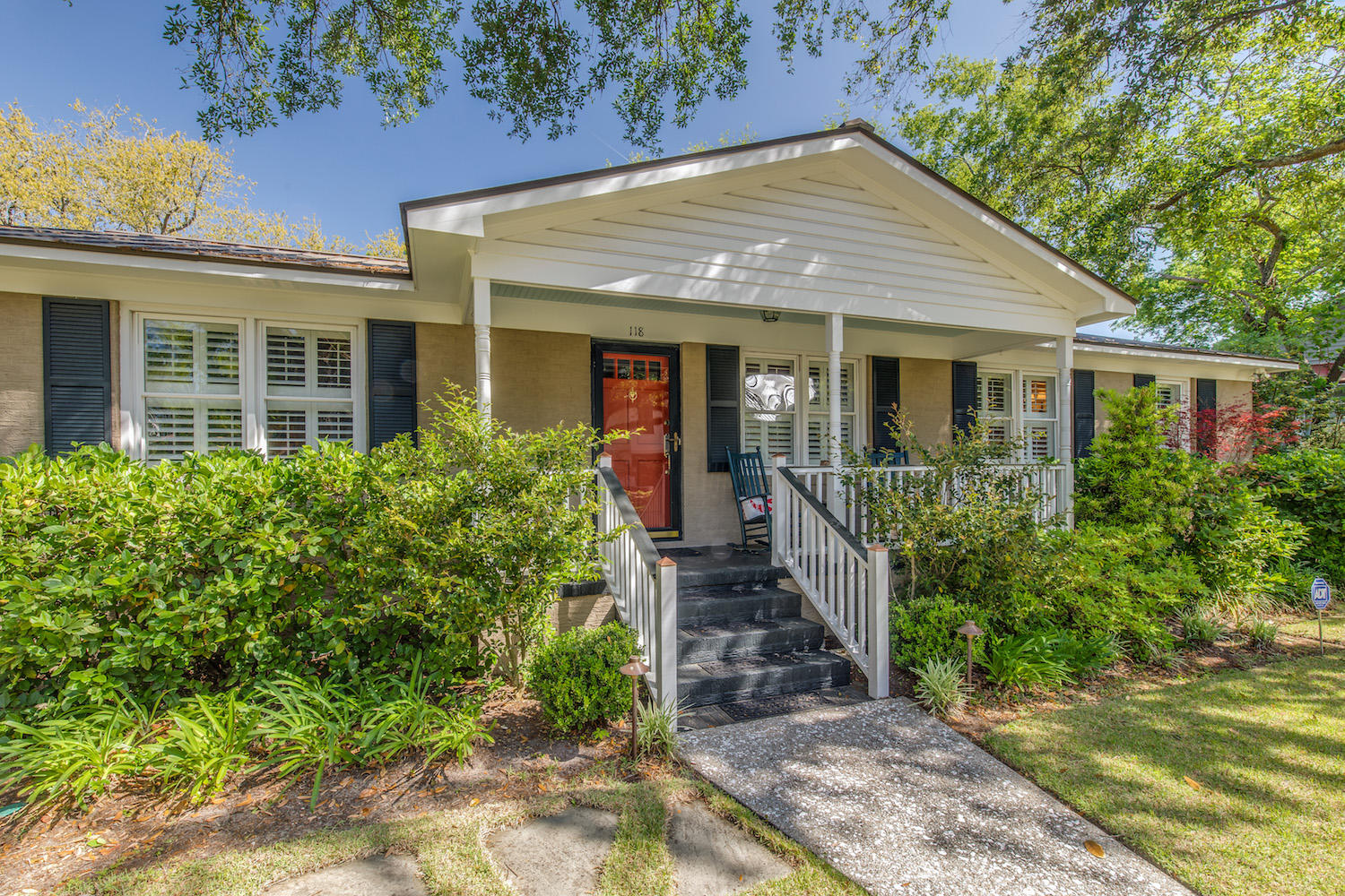 Old Village Homes For Sale - 118 Live Oak, Mount Pleasant, SC - 28