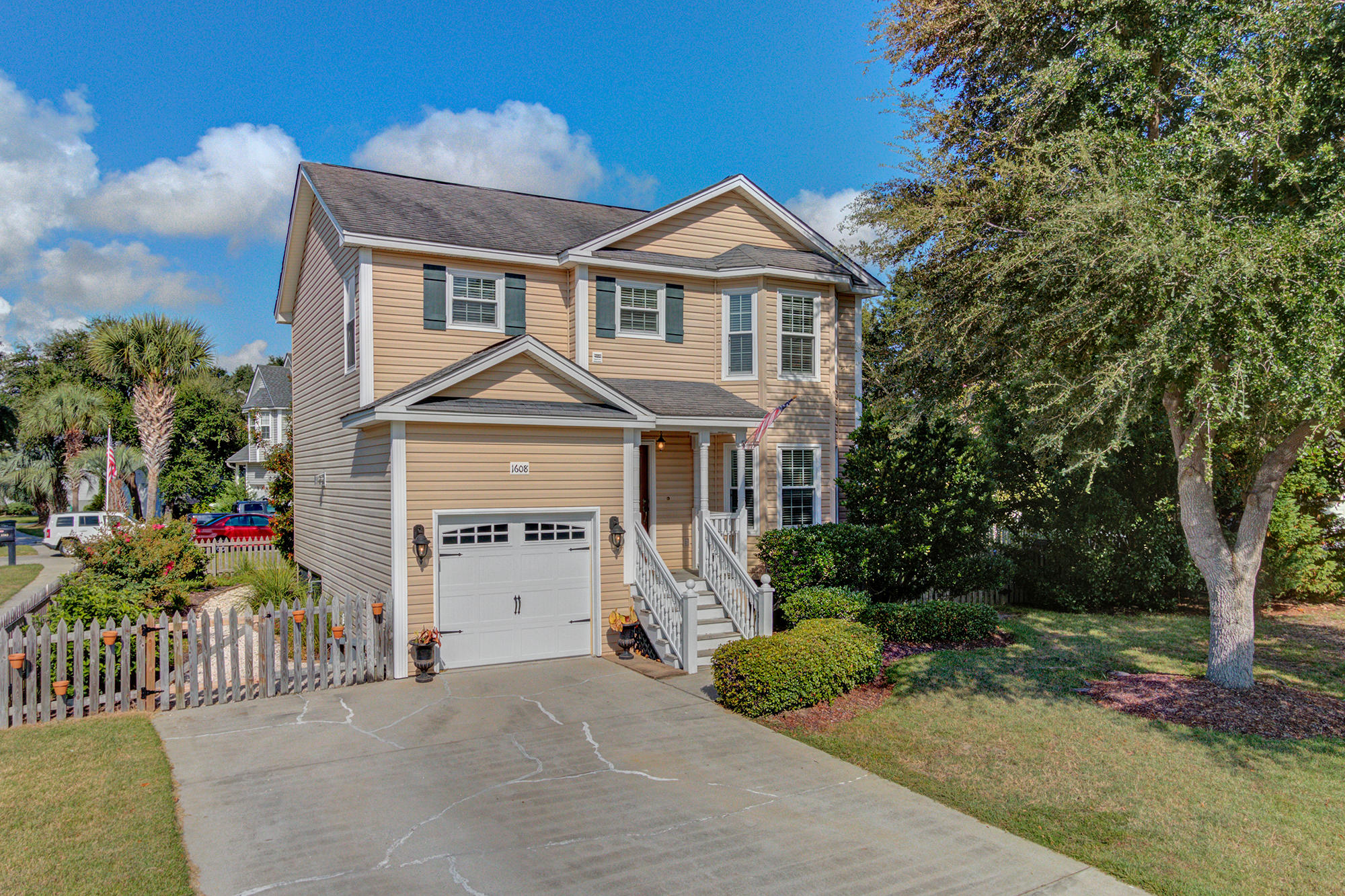 1608 Angelfish Court Charleston, Sc 29412