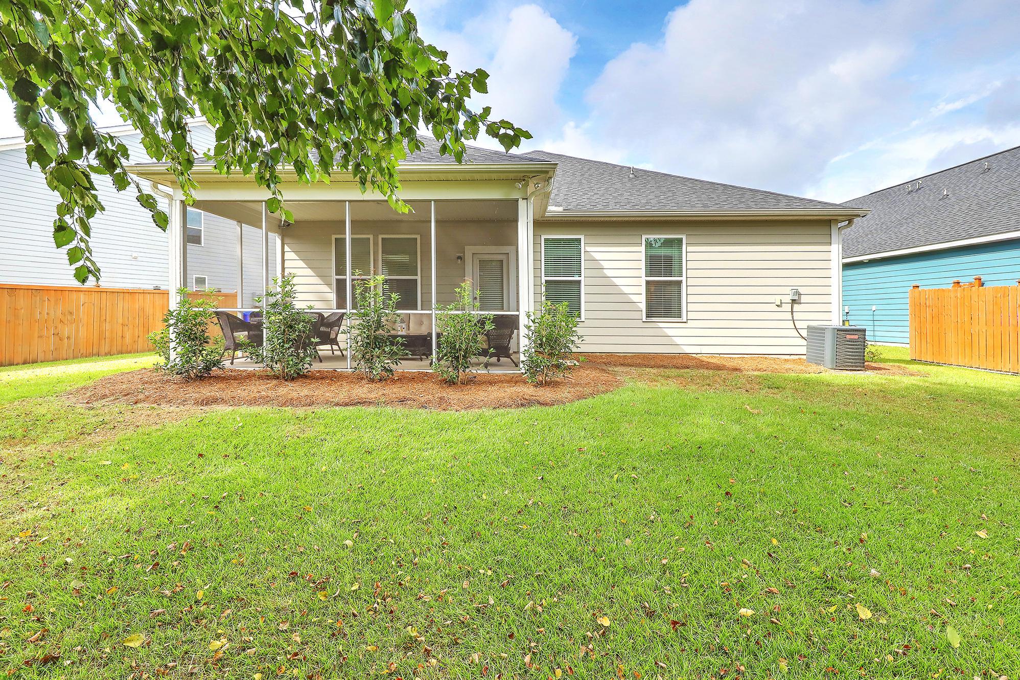 660 Goodlet Circle Charleston, SC 29412