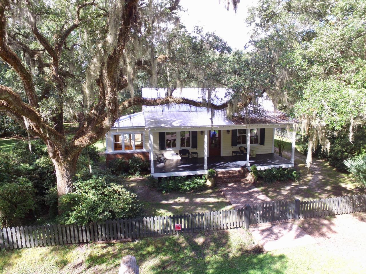 1095 Hughes Rd. Johns Island, SC 29455