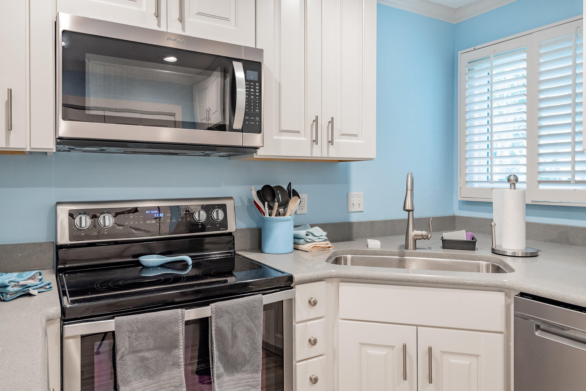 MLS# 18025417   4517 Park Lake Drive   Real Estate