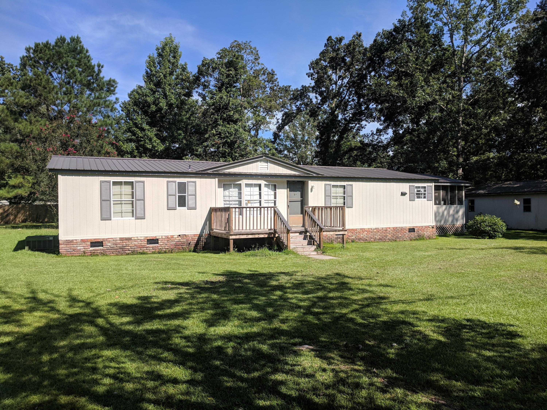 133 Park Ridge Road Elloree, SC 29047