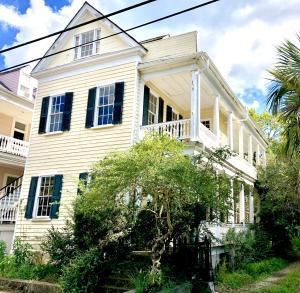 181 Queen Street, Charleston, SC 29401
