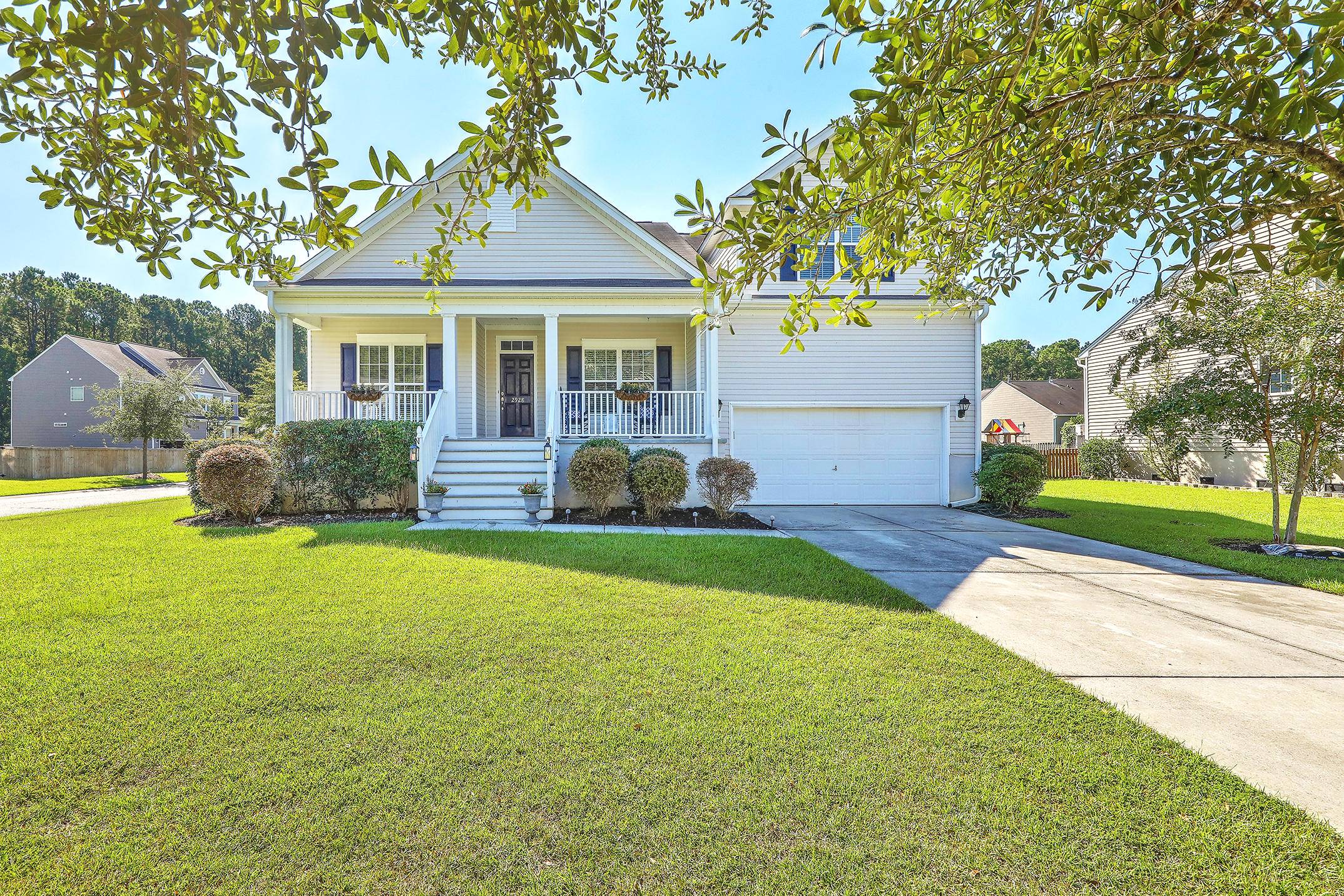 Planters Pointe Homes For Sale - 2928 Thornrose, Mount Pleasant, SC - 3