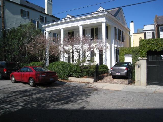14 Lamboll Street Charleston, SC 29401