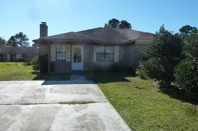 7763 Suzanne Drive North Charleston, SC 29418