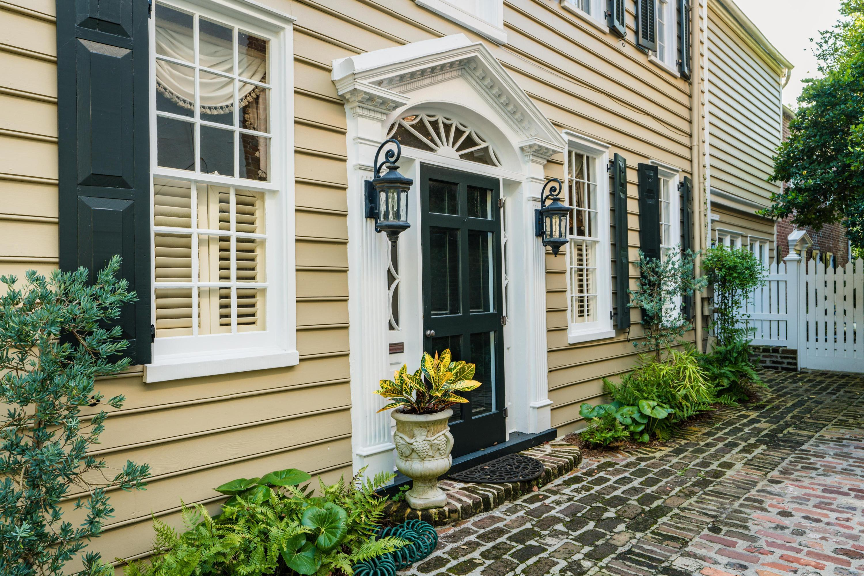 101 Tradd Street Charleston, SC 29401