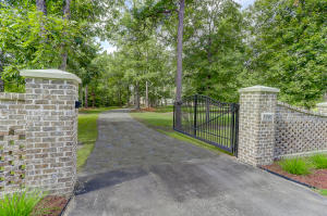 3001 BUSHY PARK ROAD, MONCKS CORNER, SC 29461  Photo 5