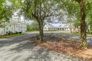 3001 BUSHY PARK ROAD, MONCKS CORNER, SC 29461  Photo 6