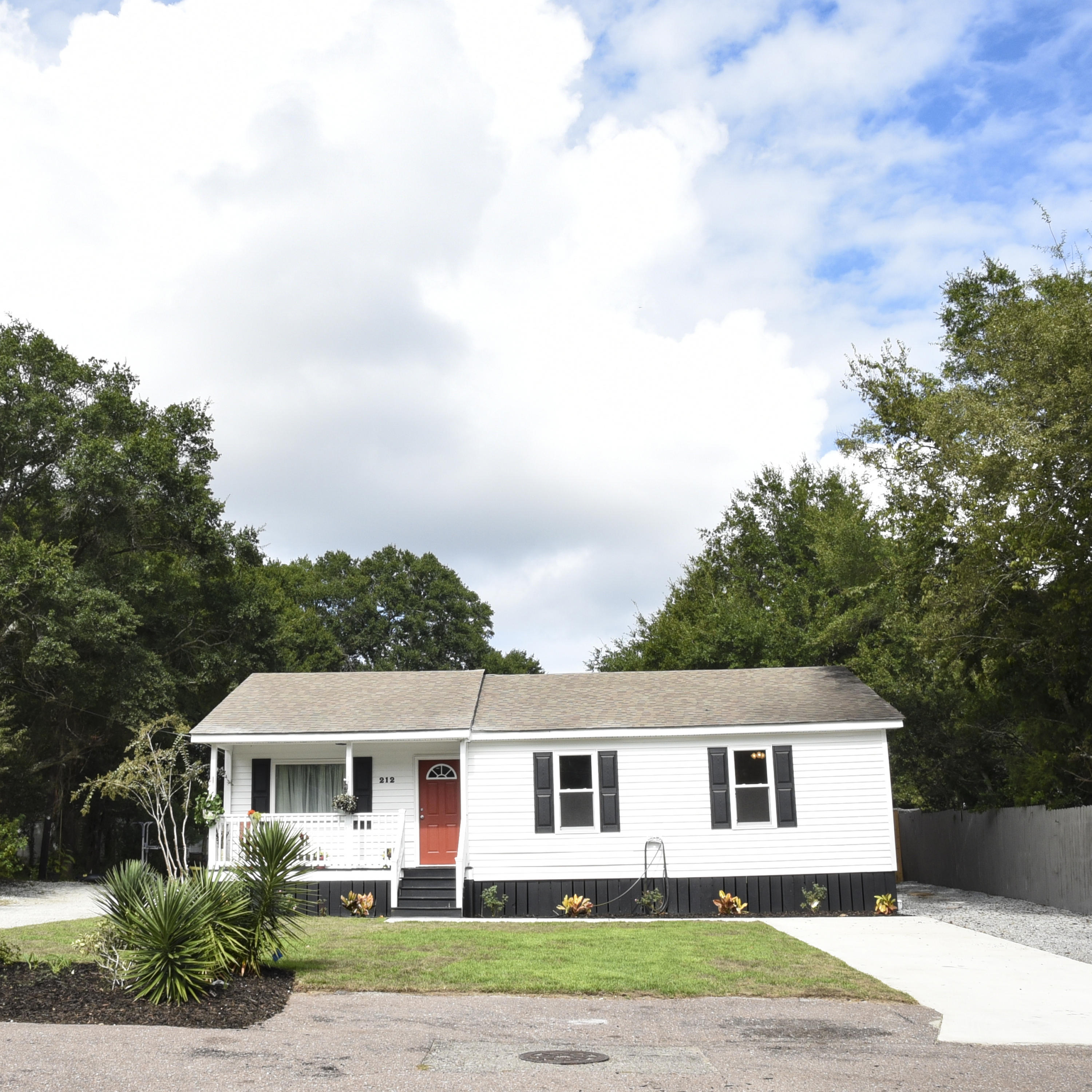 Greenwich Common Homes For Sale - 212 Greenwich, Mount Pleasant, SC - 2