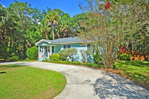 3705 Hartnett Boulevard, Isle of Palms, SC 29451