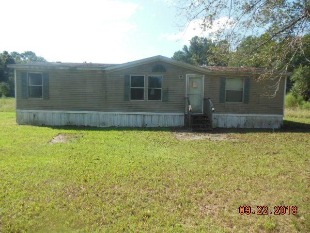 713 Calvin Lane Bonneau, SC 29431