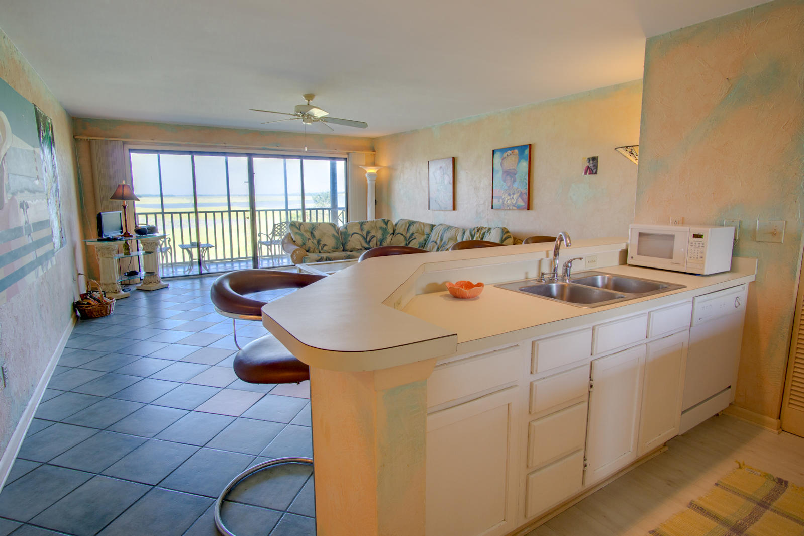 Mariners Cay Homes For Sale - 105 Mariners Cay, Folly Beach, SC - 12