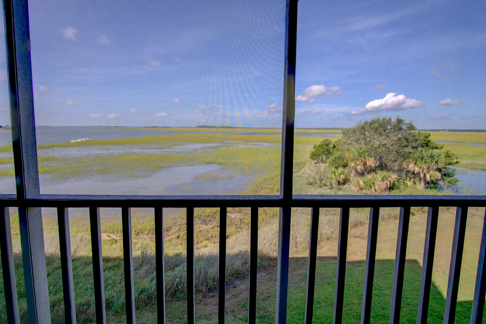 Mariners Cay Homes For Sale - 105 Mariners Cay, Folly Beach, SC - 25