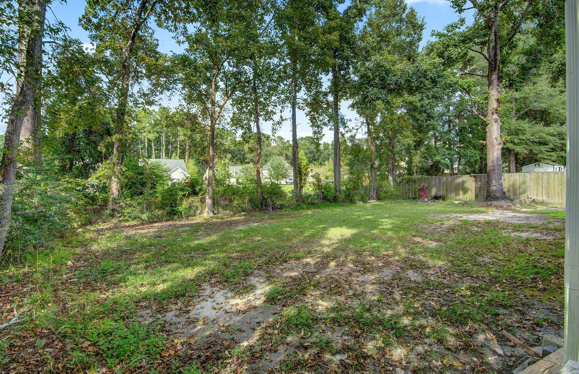 435 Robin Drive Goose Creek, SC 29445