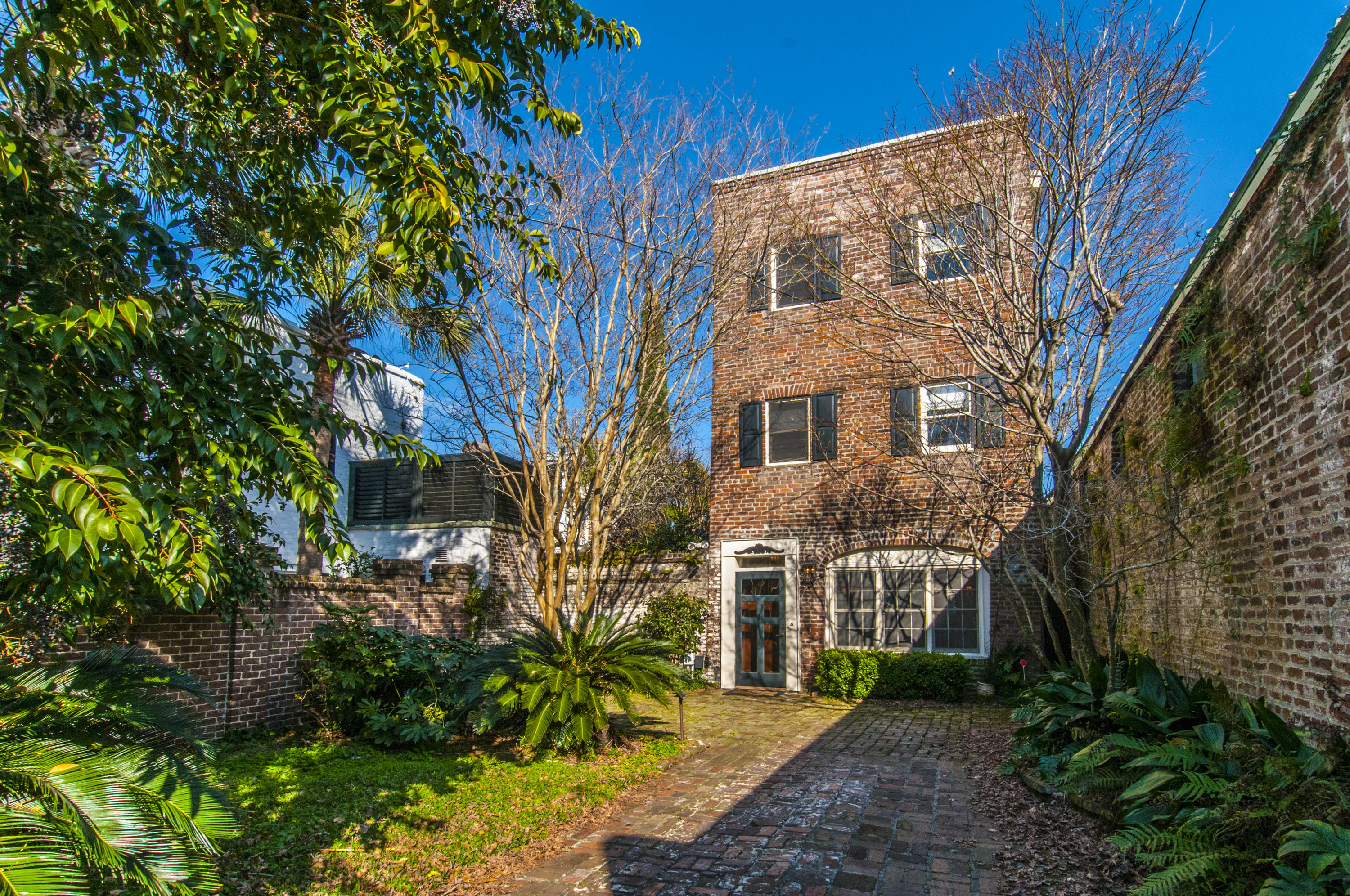 1 Motley Lane Charleston, SC 29401