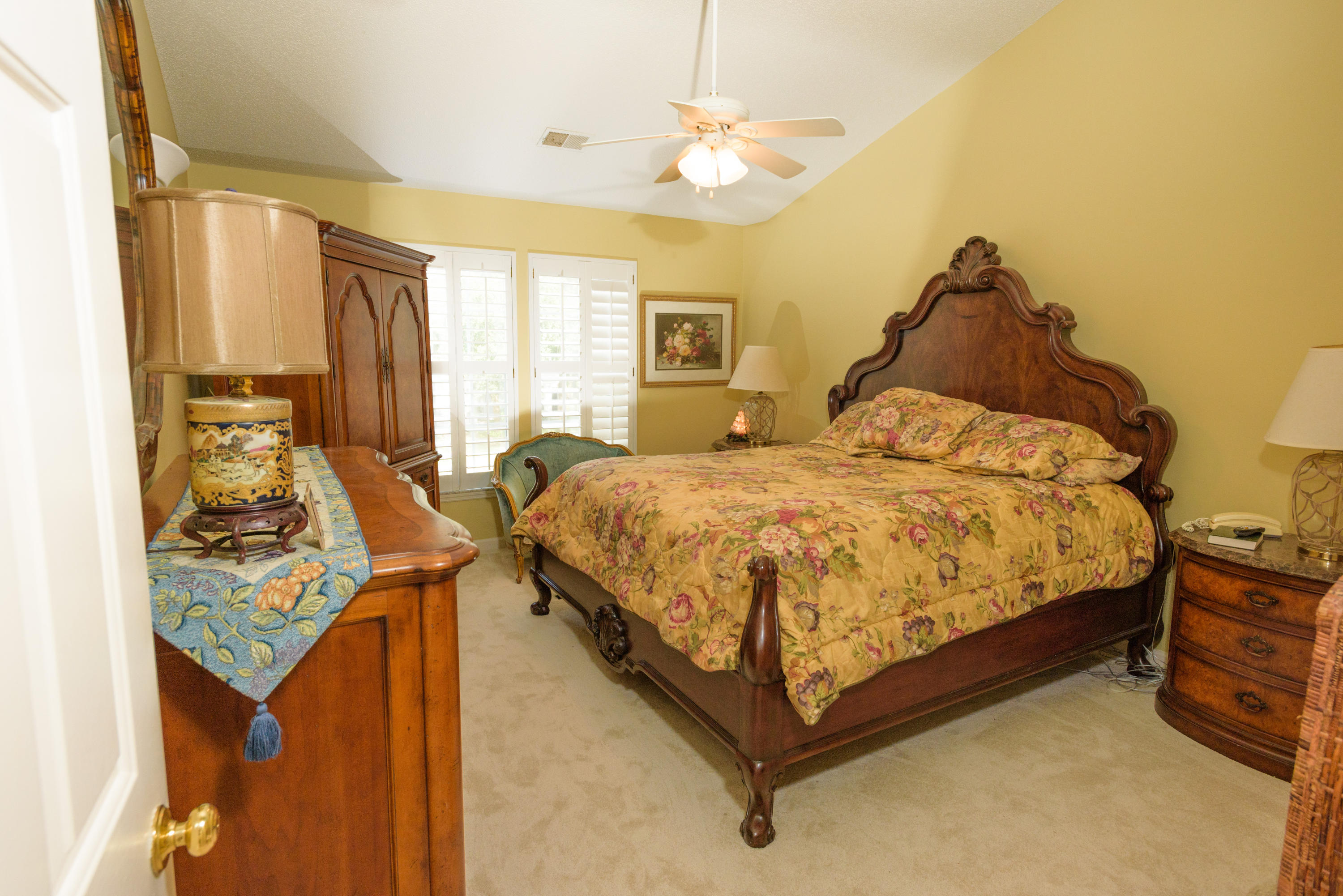 Waters Edge Homes For Sale - 2028 Country Manor, Mount Pleasant, SC - 12