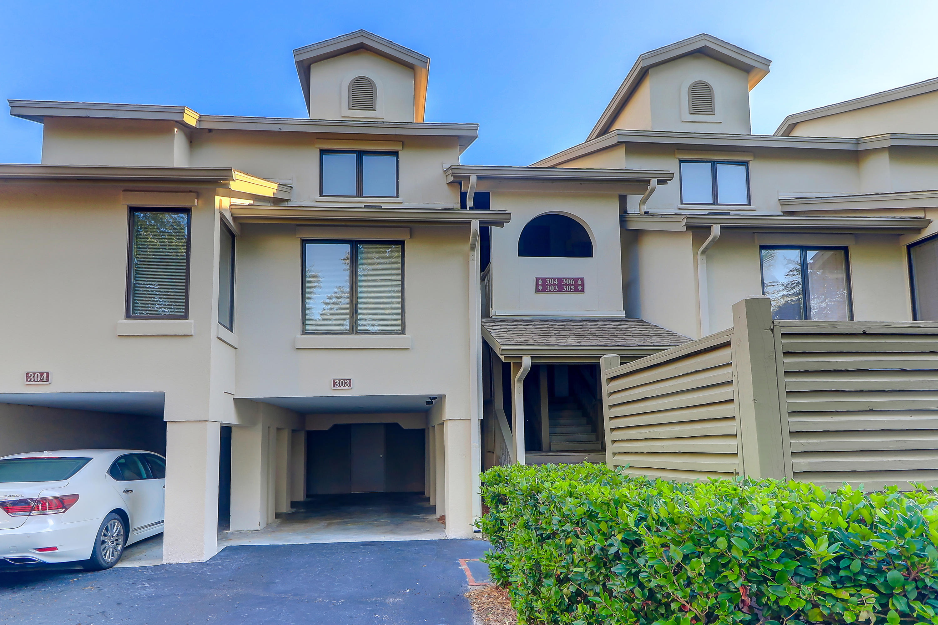 303 Yacht Harbor Court Isle Of Palms, SC 29451