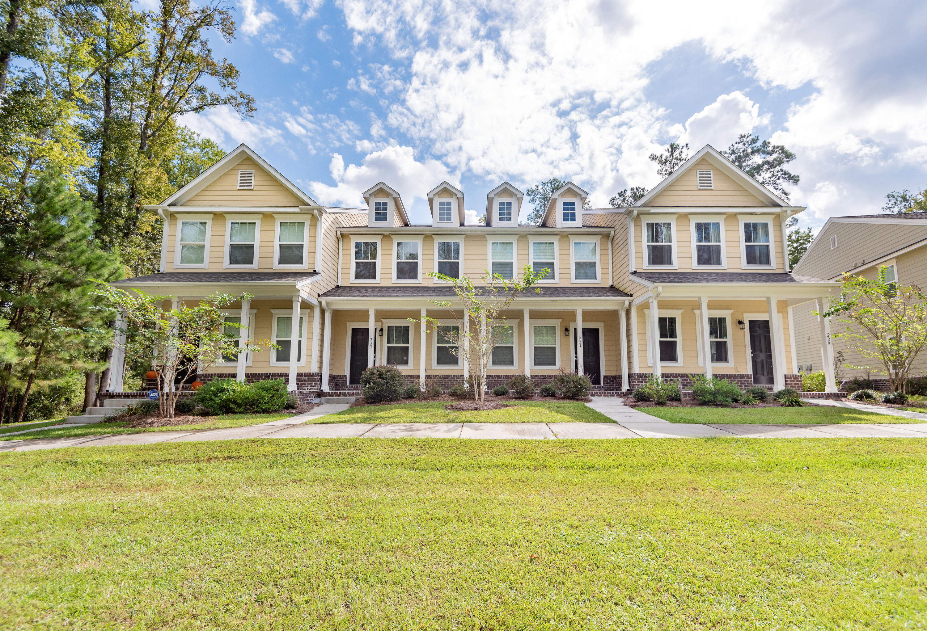 229 Bennett Lane Summerville, SC 29483