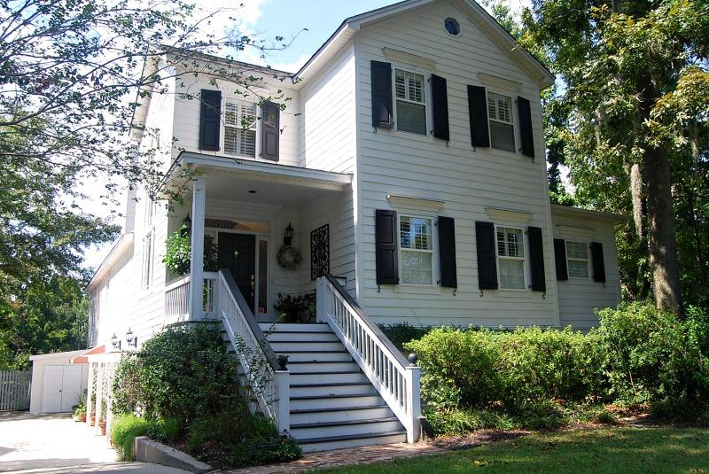 1039 Wharf Indigo Place Mount Pleasant, SC 29464