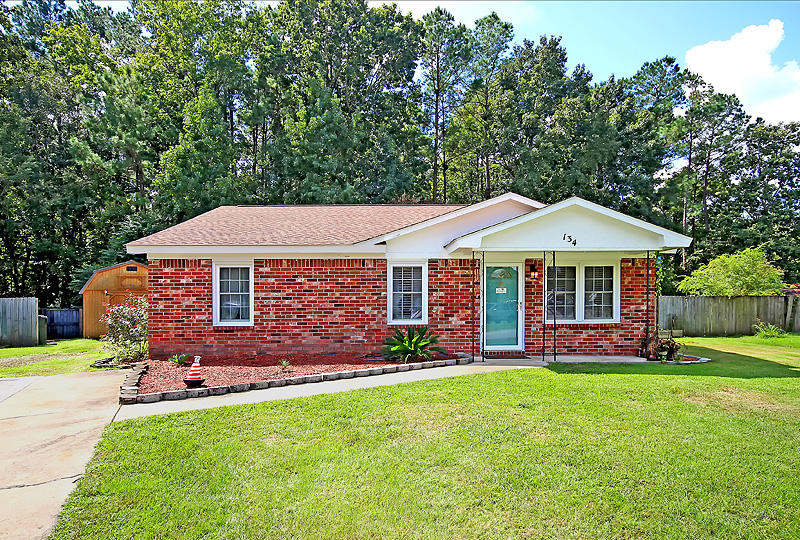 134 Red Cedar Dr Goose Creek, SC 29445